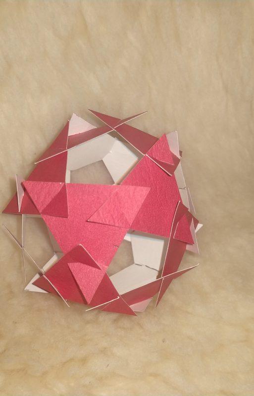 Polyhedra Papier